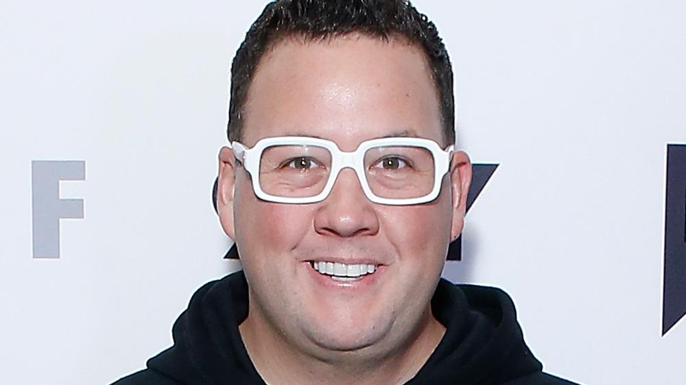 Chef Graham Elliot white glasses