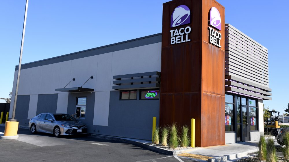 Taco Bell building with drive-thru