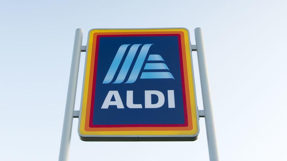 Aldi Sign