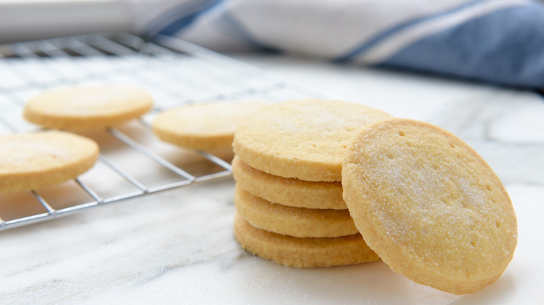 Shortbread cookies on cooling rack and marble surface
