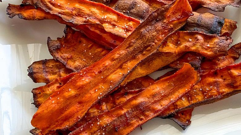 strips of carrot bacon