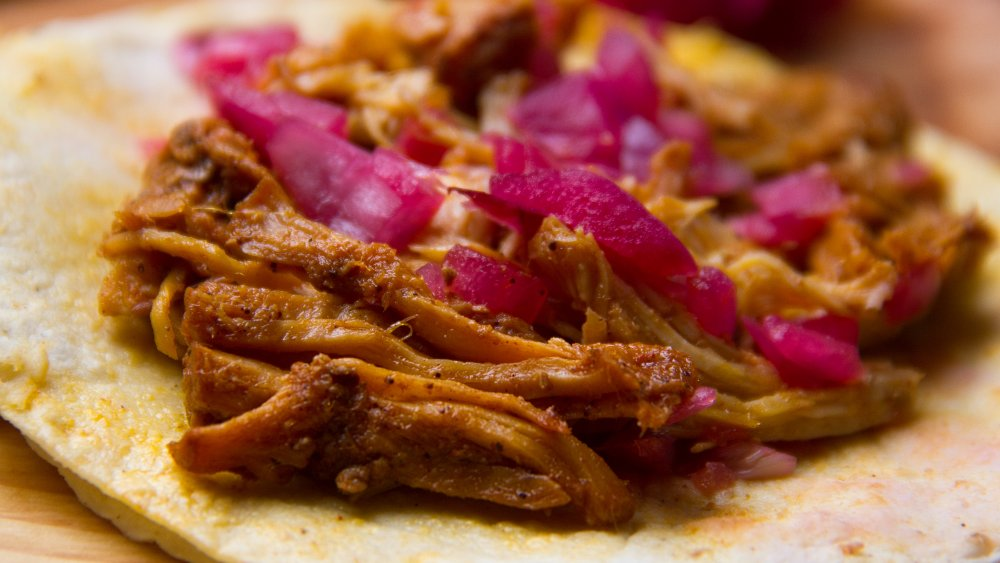 authentic cochinita pibil taco