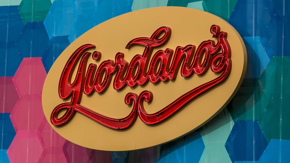 Giordano's sign outside of restaurant