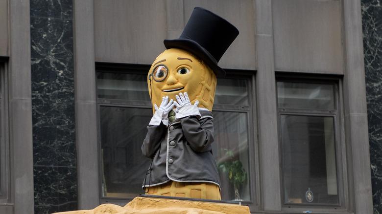 Mr. Peanut in NYC Parade