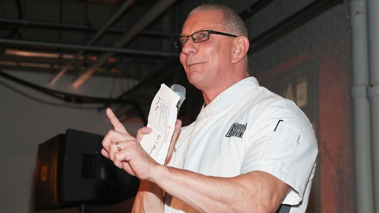 Robert Irvine at an event