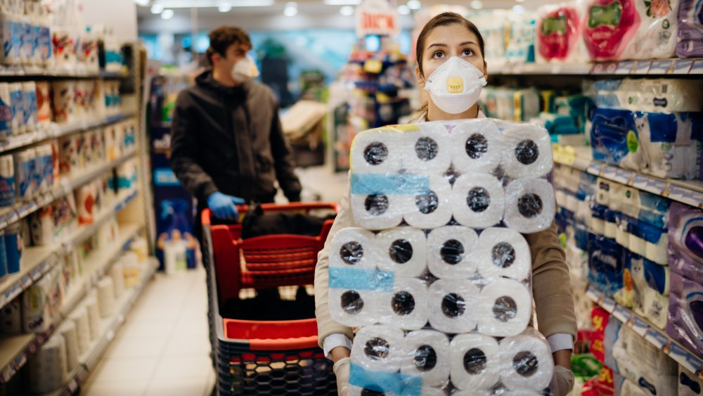 grocery store with ppe