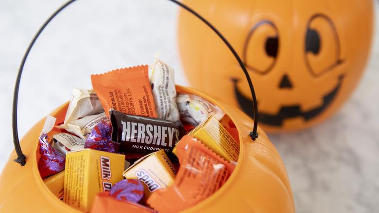 Hershey's Halloween candy in plastic pumpkin