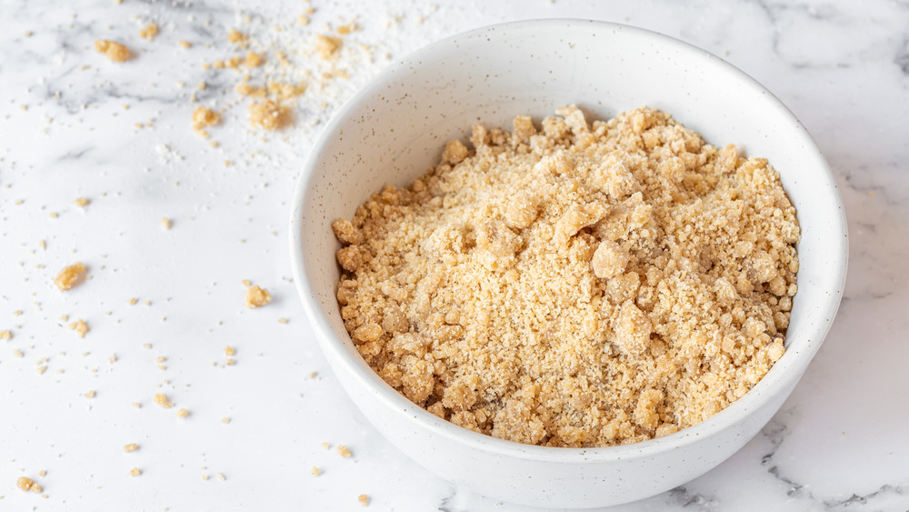 bowl of streusel topping