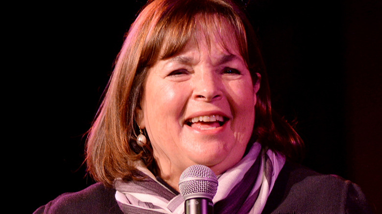 Ina Garten speaking into a microphone on stage