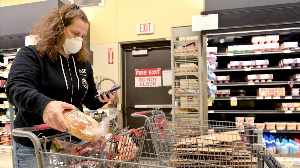 An Instacart shopper in New Jersey