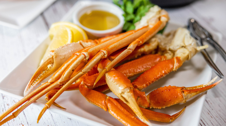 cooked crab legs