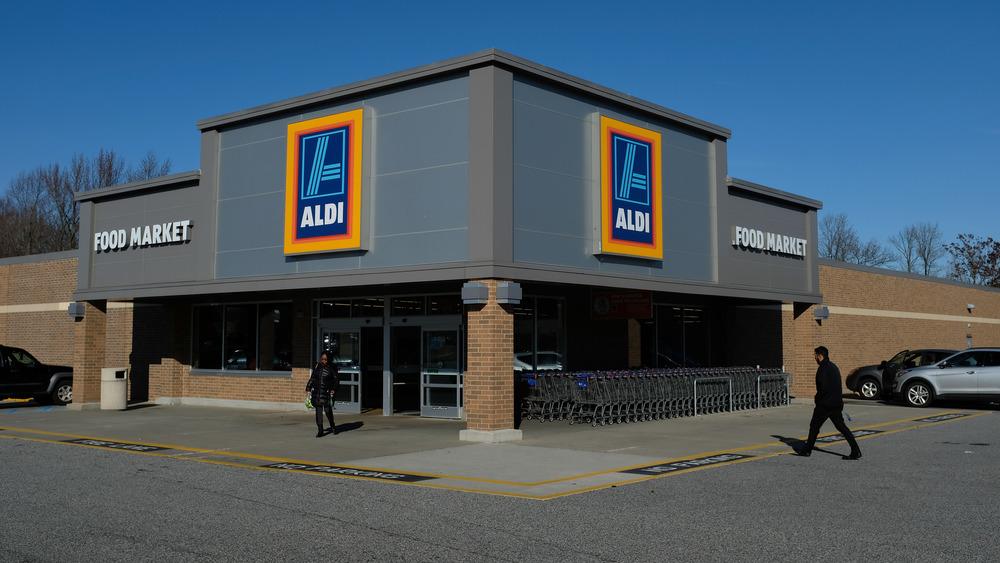 Aldi store with customers