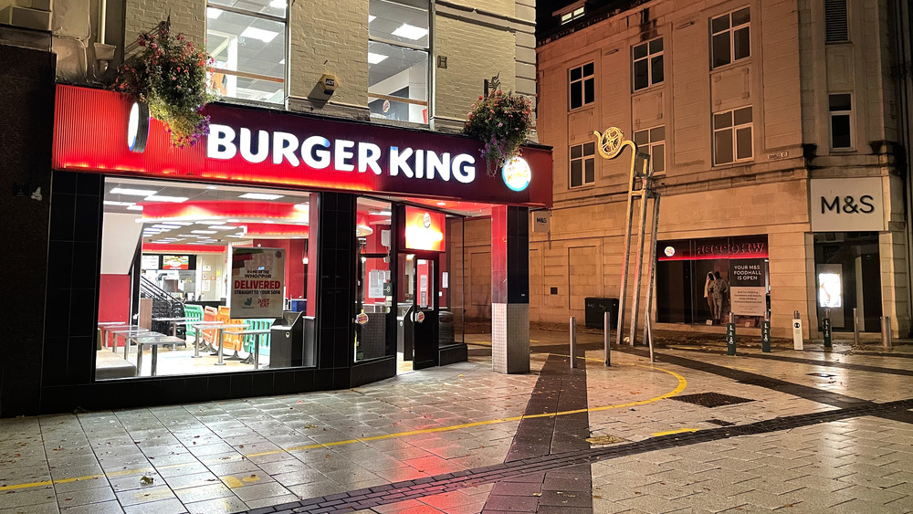 Burger King franchise in quiet downtown