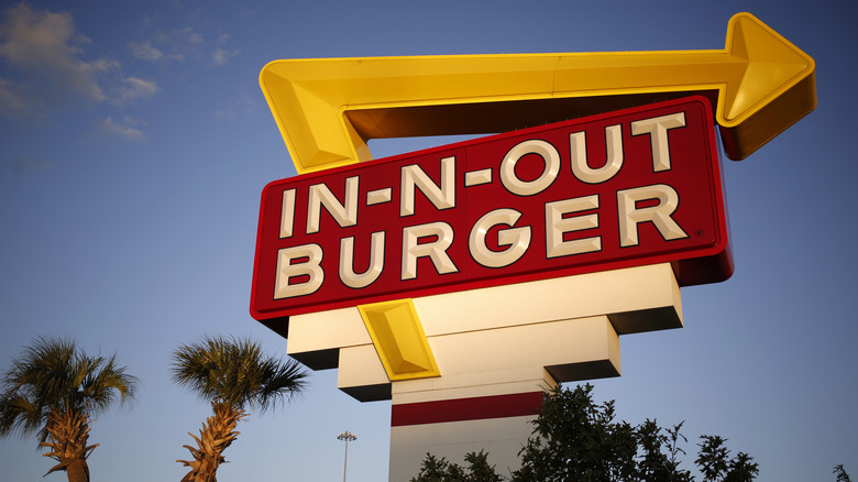 In-N-Out Burger sign with arrow
