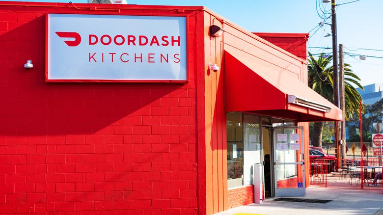 DoorDash kitchen storefront