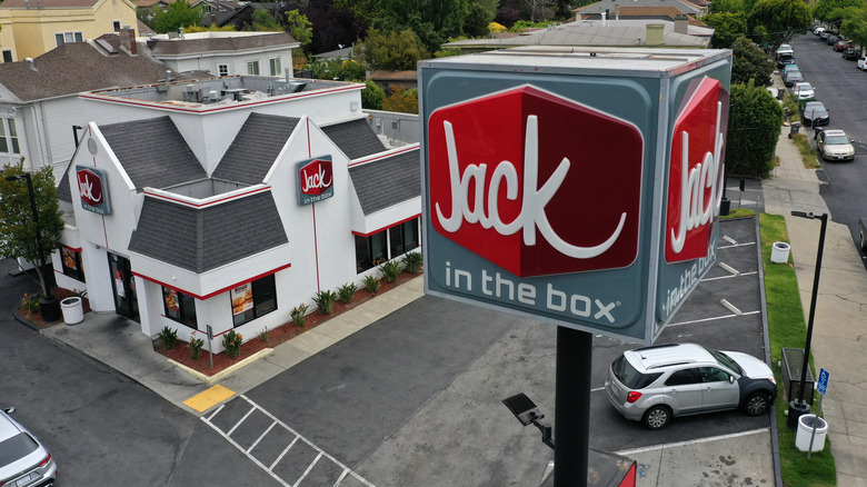 Jack in the Box restaurant with sign