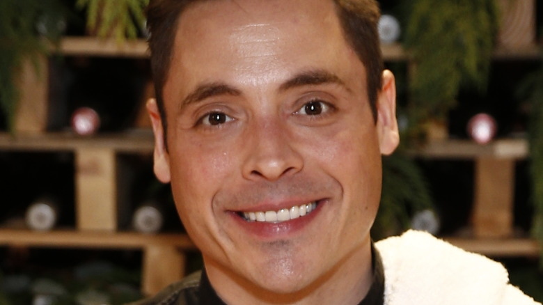 Jeff Mauro smiling on stage