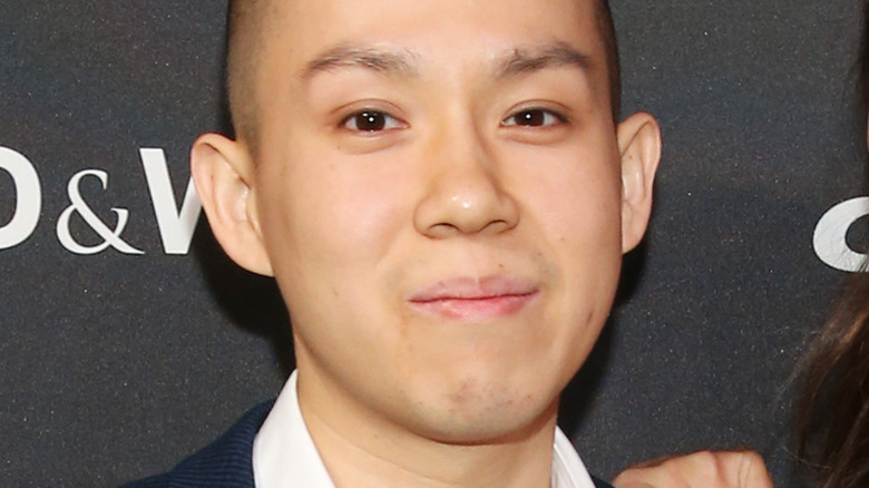 Jonathan Yao on red carpet