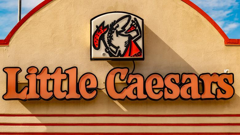Façade of Little Caesars