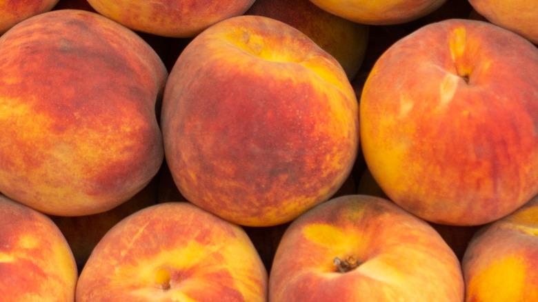Perfectly ripe peaches