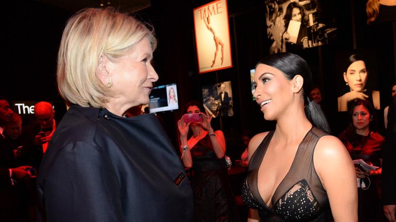Martha Stewart and Kim Kardashian talking on red carpet