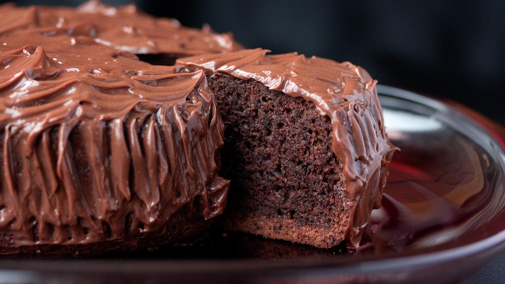Mud cake on red cake stand