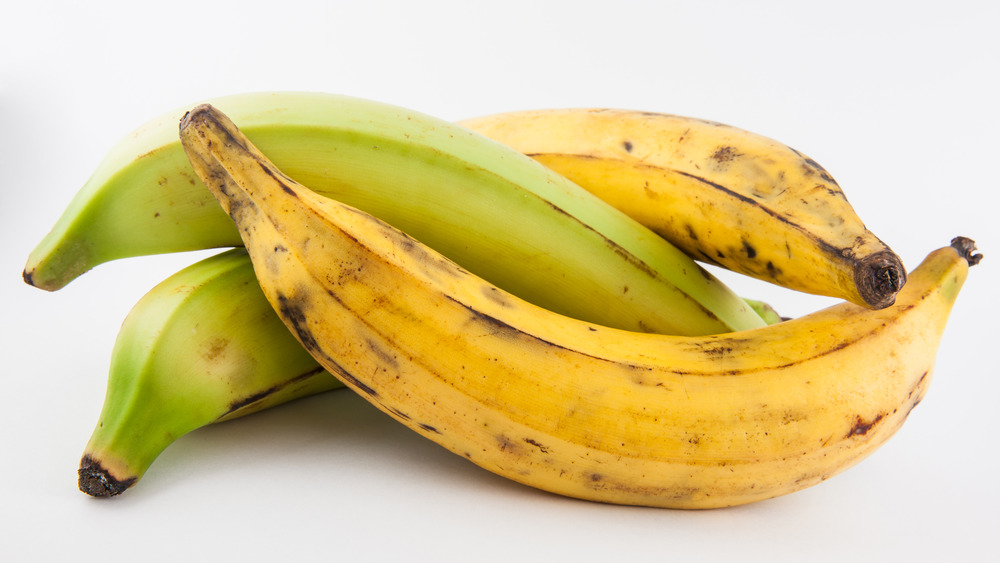 Green and yellow plantains