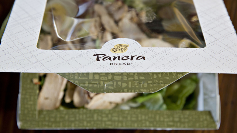 A Panera Bread to-go salad