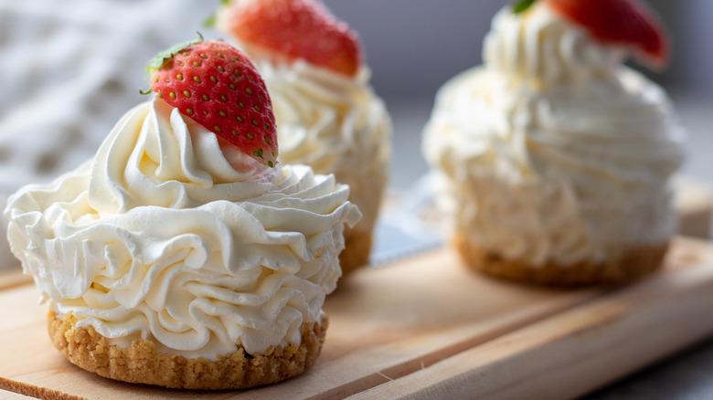 no-bake cheese cheesecake cupcakes