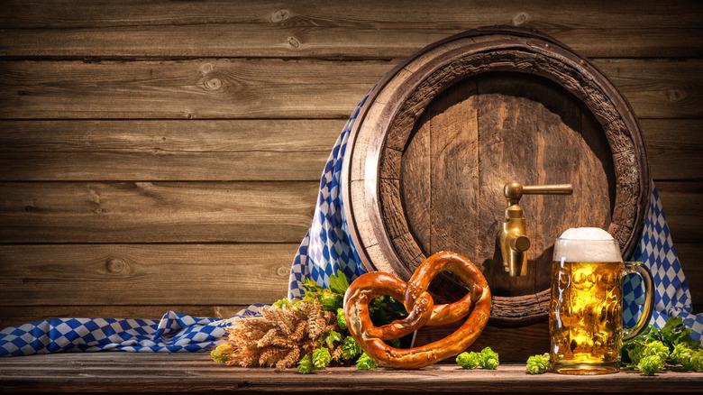 Beer keg, beer stein, pretzel