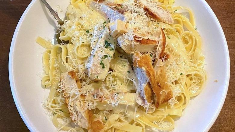 Olive Garden's Chicken Alfredo on a white plate