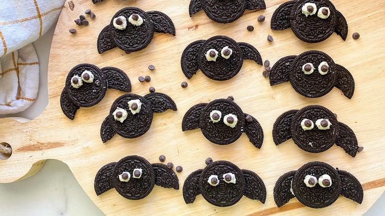 Oreo cookie bats