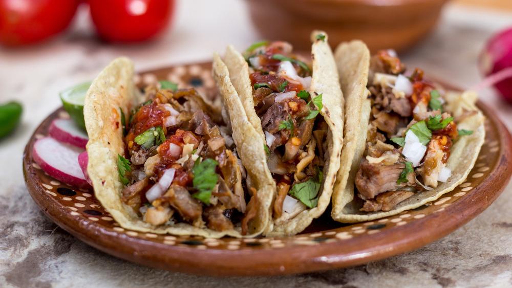 Juicy pulled pork tacos