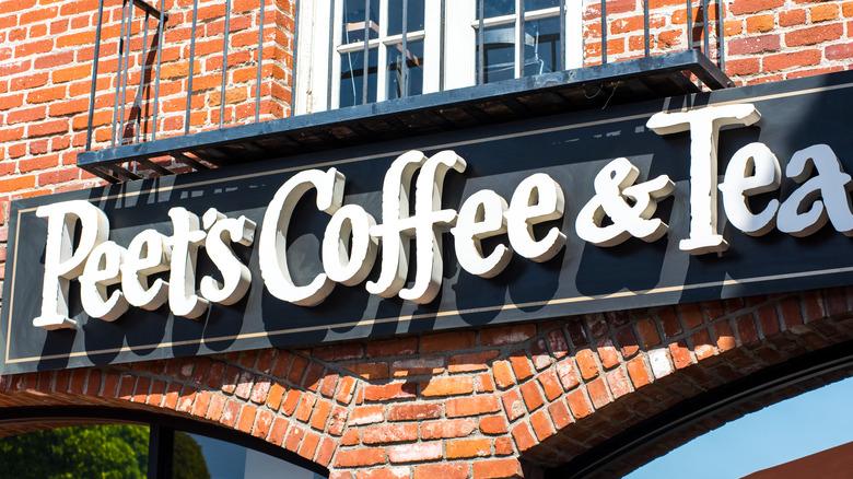 Peets Coffee storefront