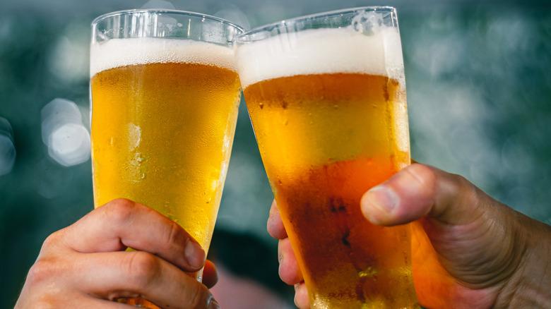 beer glass cheers