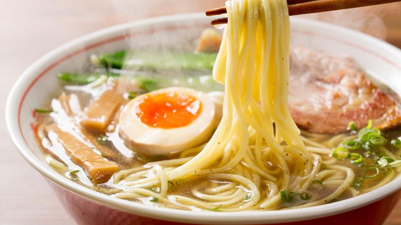 ramen-and-chopsticks