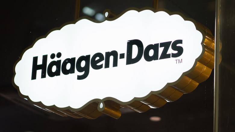 A Häagen-Dazs sign