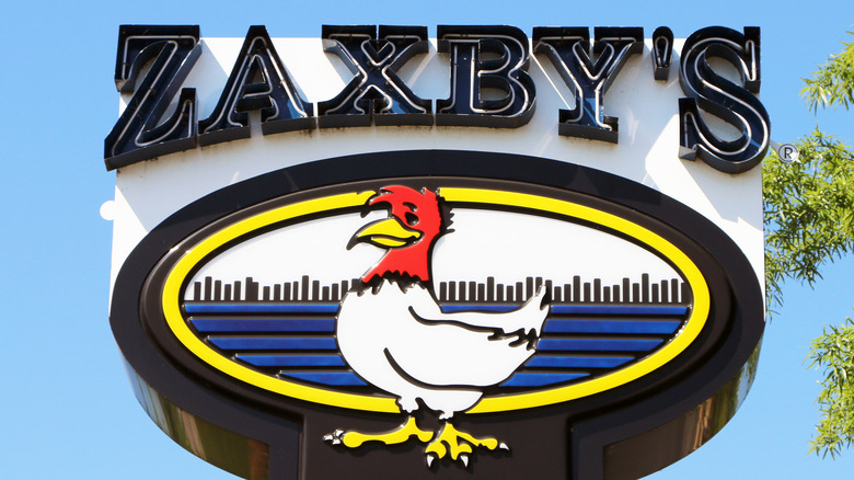 Zaxby's sign