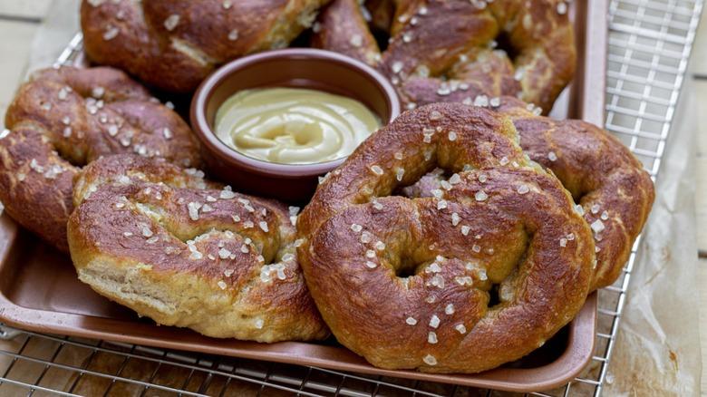 quick sourdough pretzel recipe
