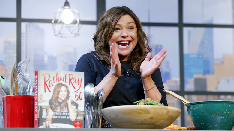Rachael Ray clapping her hands