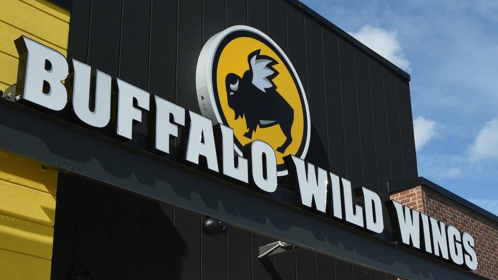 Buffalo Wild Wings Sign