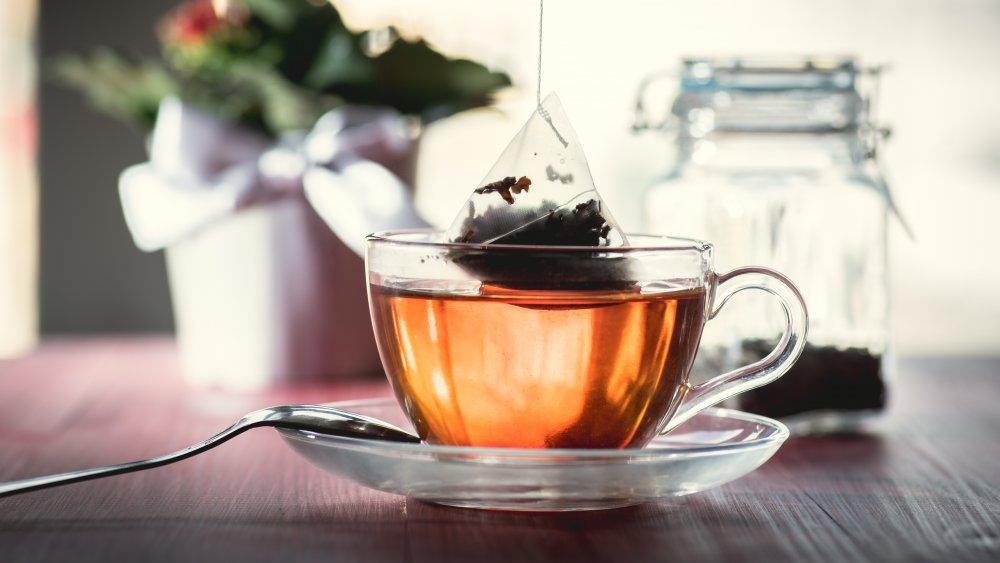 Brewing a cup of tea, microplastics in tea bag