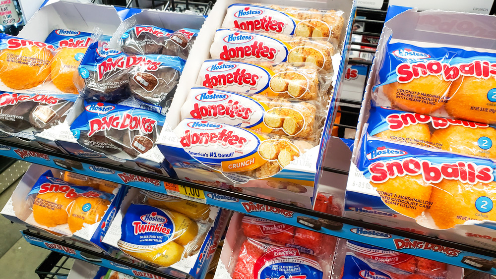 Shelf of Hostess snack cakes