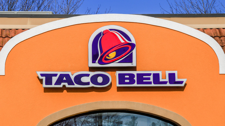 Taco Bell sign outside