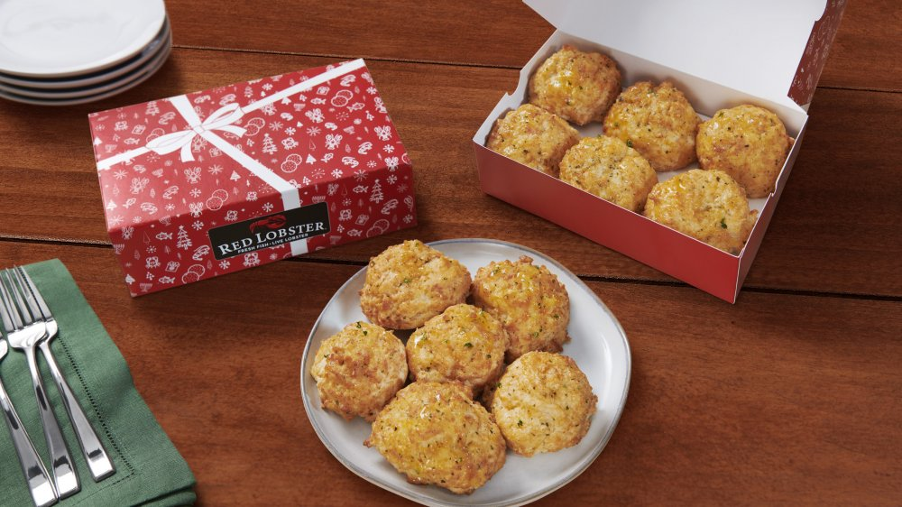 Red Lobster holiday gift boxes and biscuits