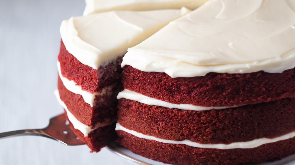 red velvet cake recipe slice