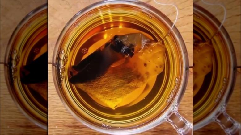 Teabag before zooming in