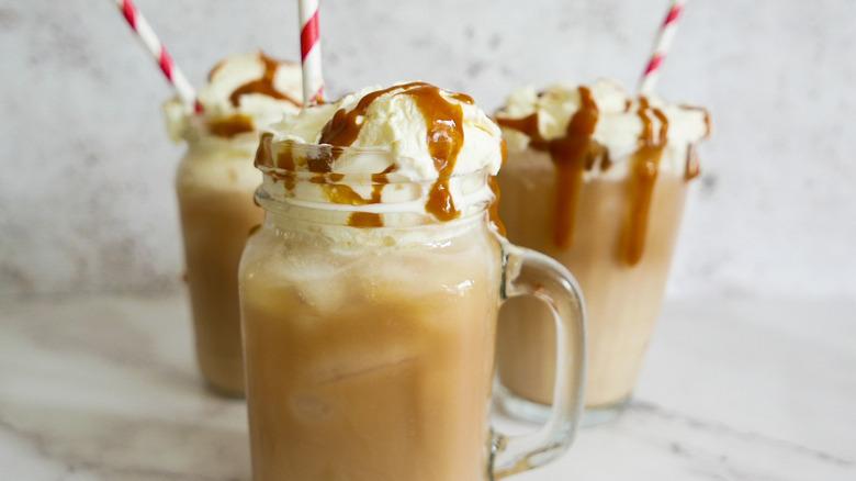 caramel iced coffees in jars