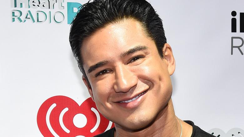 Mario Lopez smiling headshot