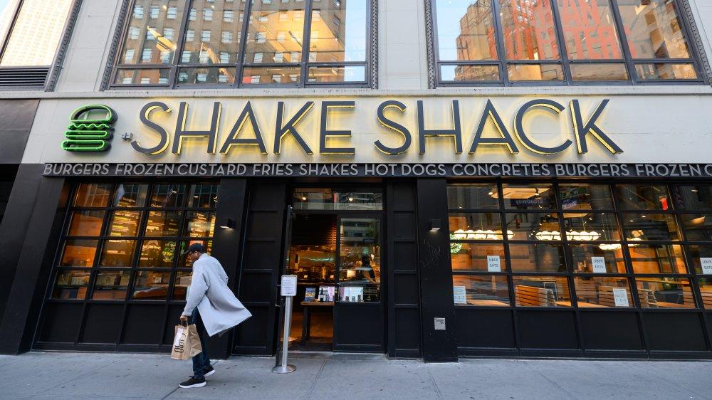 Shake Shack storefront